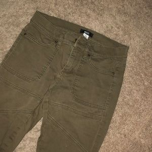 CUTE GREEN URBAN Outfitters BDG jeans!!! :)))